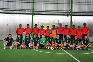 Gbr 4. Tim BPK dan Tim KPP Tenggarong