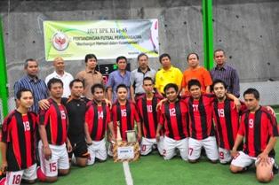 Gbr 6. Juara I Futsal Persahabatan Tim Keuangan Setda Kukar.