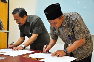 Penandatanganan berita acara serah terima Laporan Keuangan Kota Tarakan
