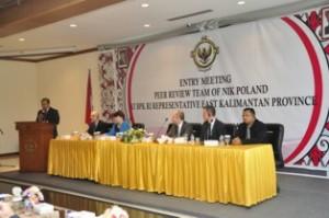 Gambar 1. Kepala Perwakilan sedang menyampaikan sambutannya pada Entry Meeting NIK Polandia